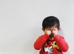 夢で泣く子供